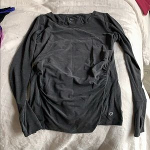 GapFit maternity LS top